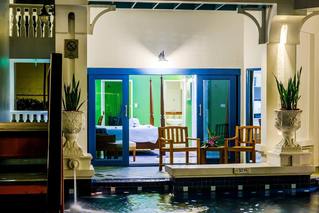 Изображение номера Deluxe Pool Access в отеле Andaman Seaview Phuket