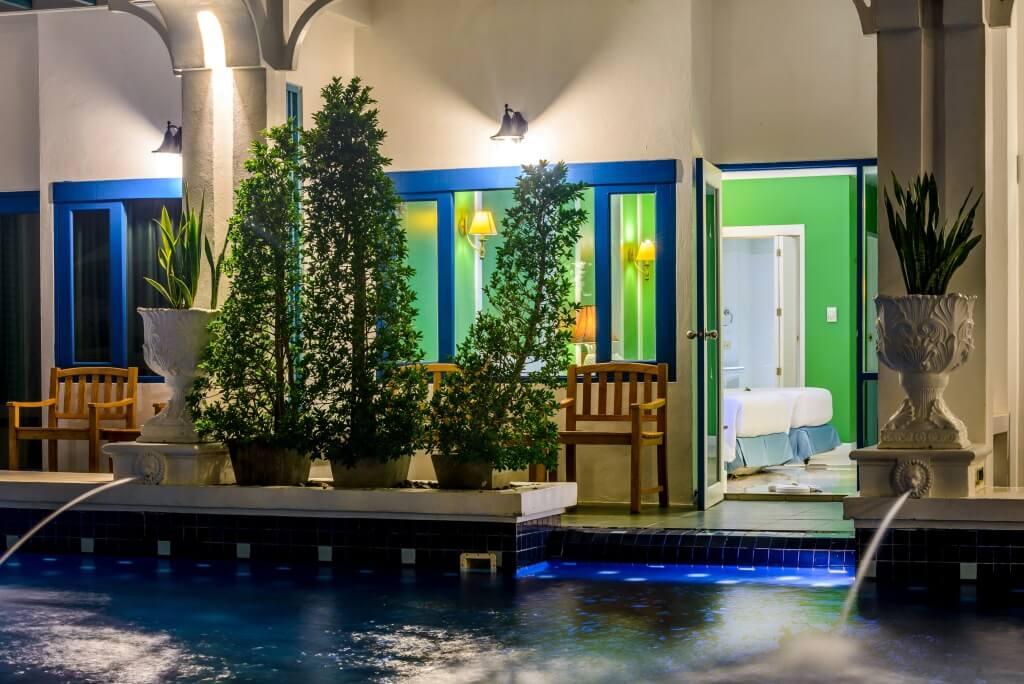 Фотография номера типа Superior Pool Access