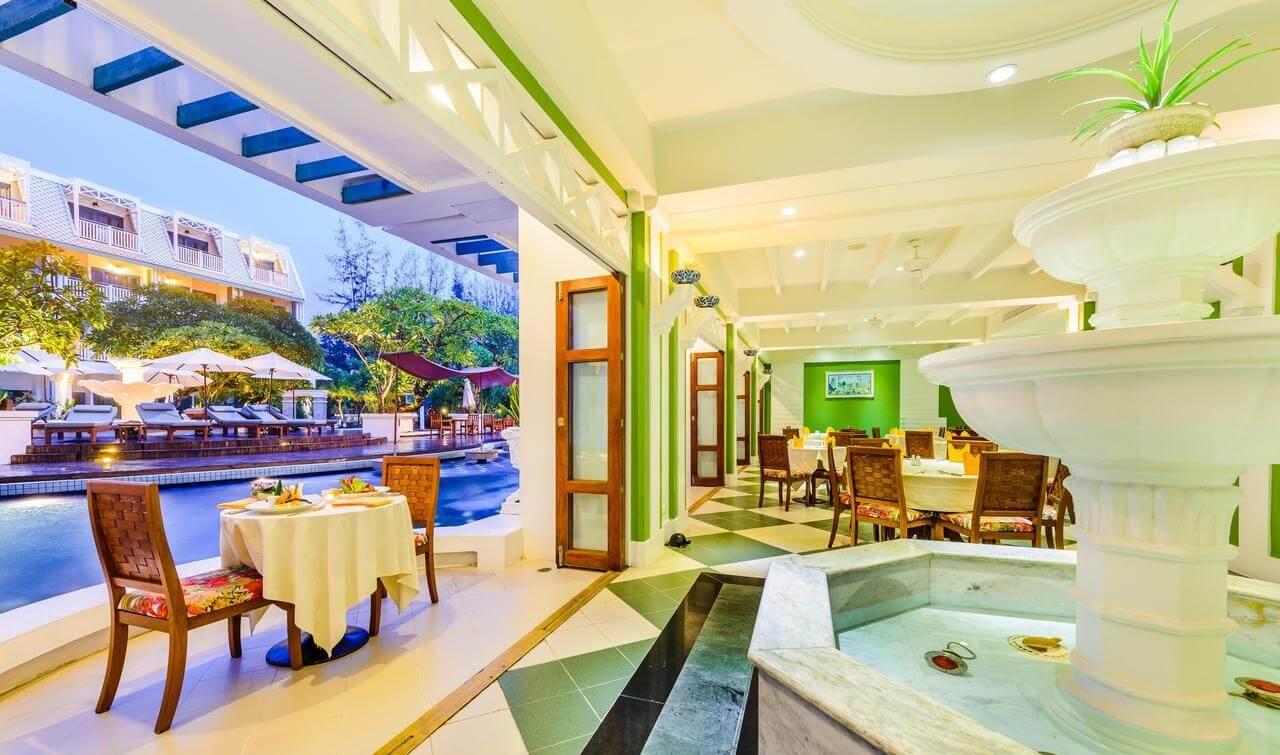 Фото ресторана при отеле Андаман Сивью (Пхукет)
