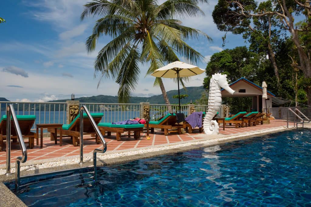 Фотография бассейна в отеле Три Транг Бич Резорт на острове Пхукет