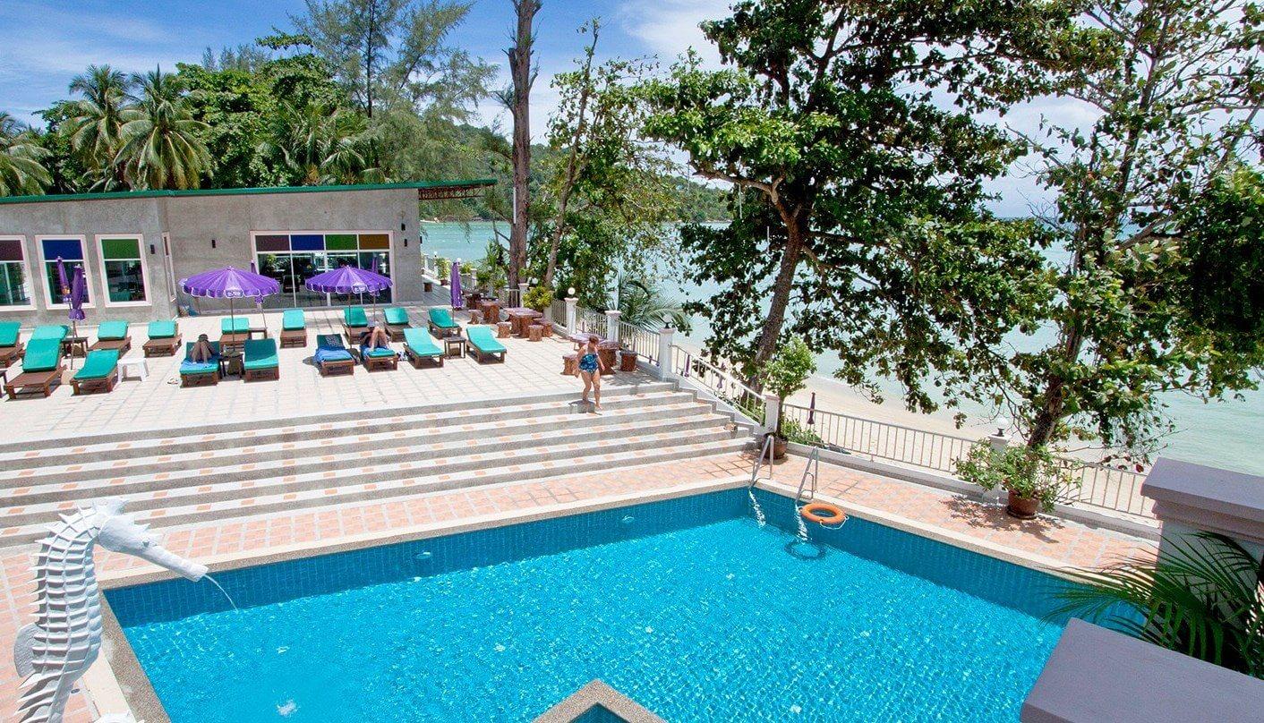 Фотография бассейна в Tri Trang Beach Resort