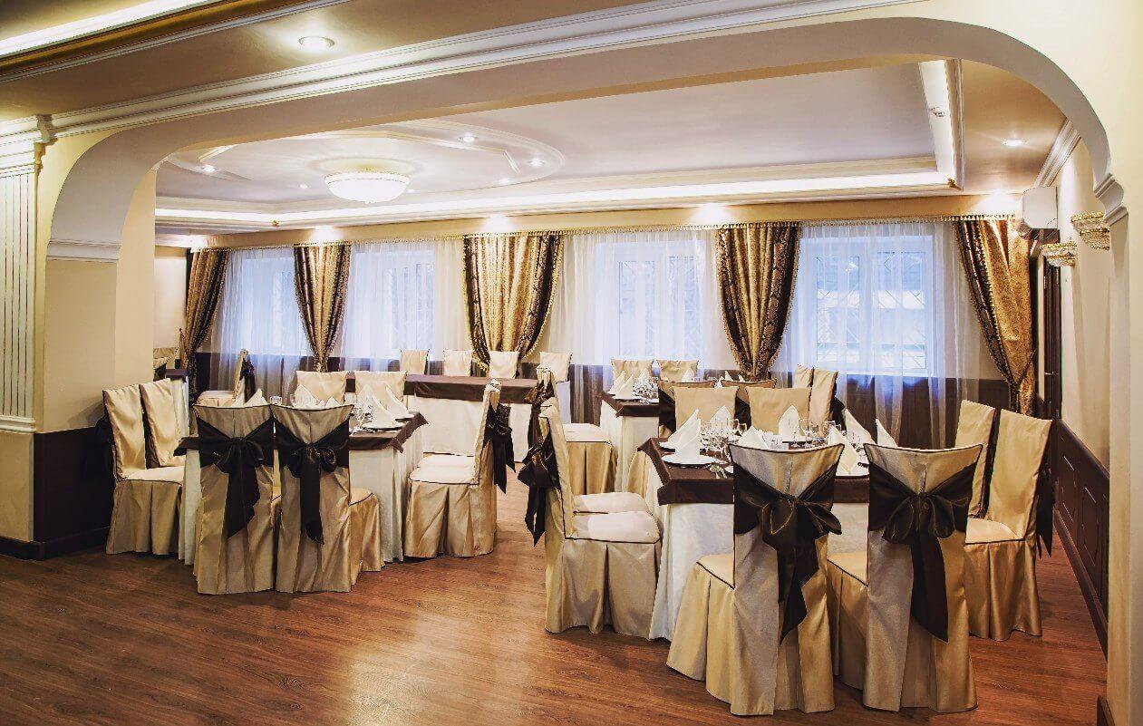 Фото банкетного зала гостиницы Mon Plaisir