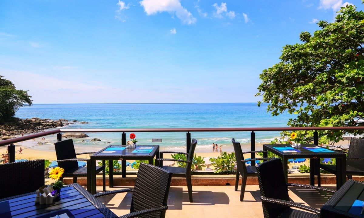 @Beach Restaurant в Beyond Resort Karon