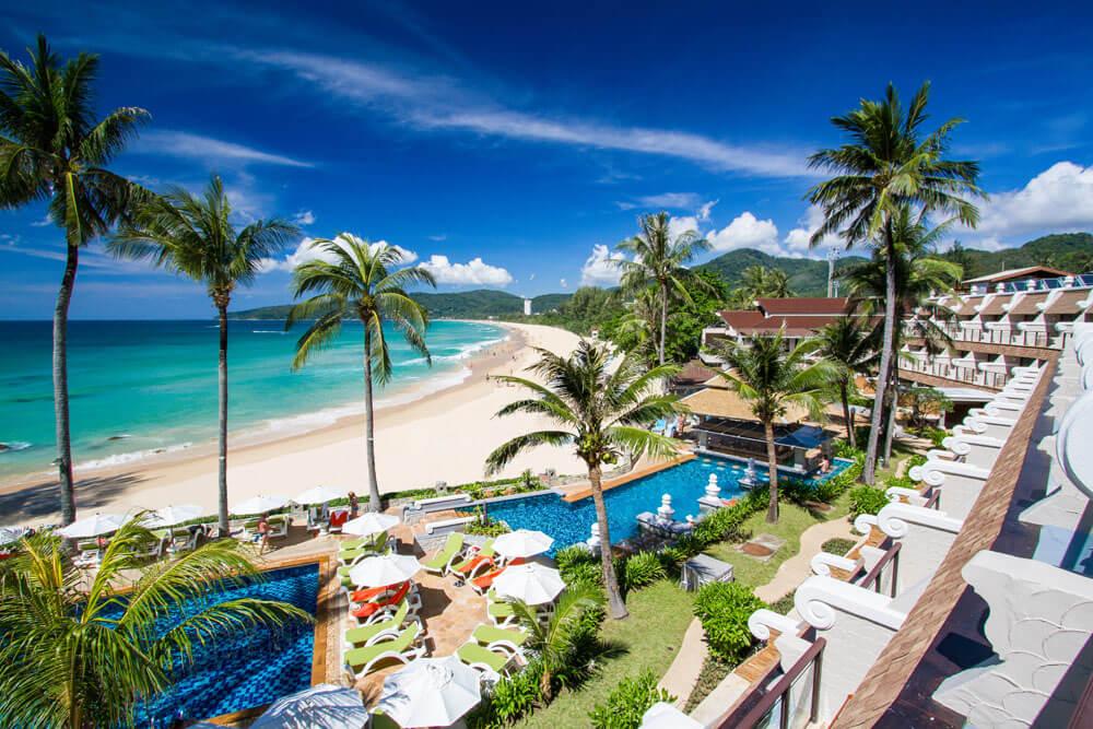Beyond Resort Karon и его пляж