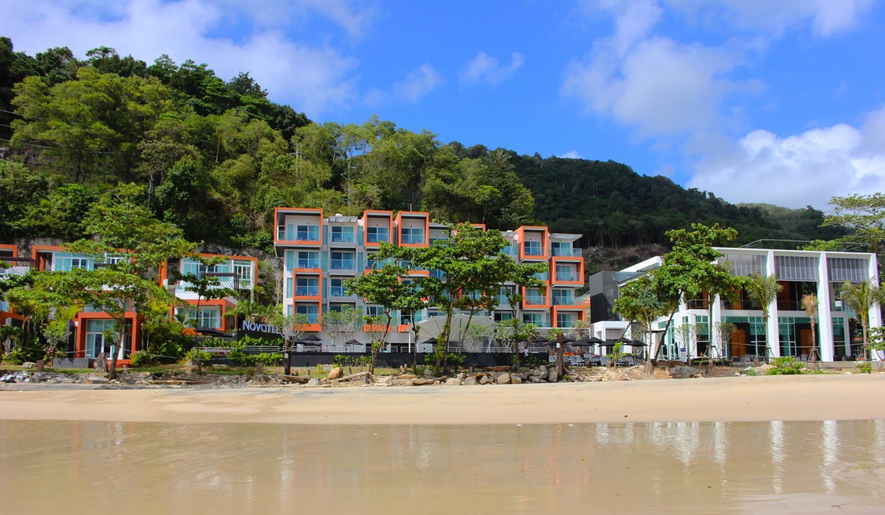 Фото отеля Novotel Phuket Kamala Beach 4* (Пхукет) и его пляжа