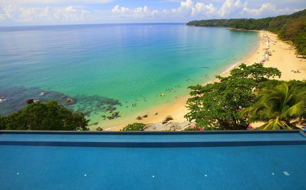 Пляж четырехзвездочного отеля Surin Resort (Пхукет)