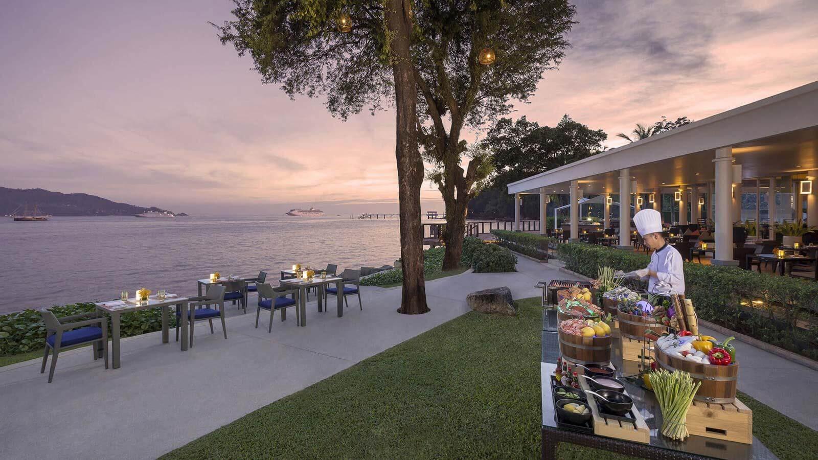 фото ресторана Rim Talay в отеле Amari Phuket