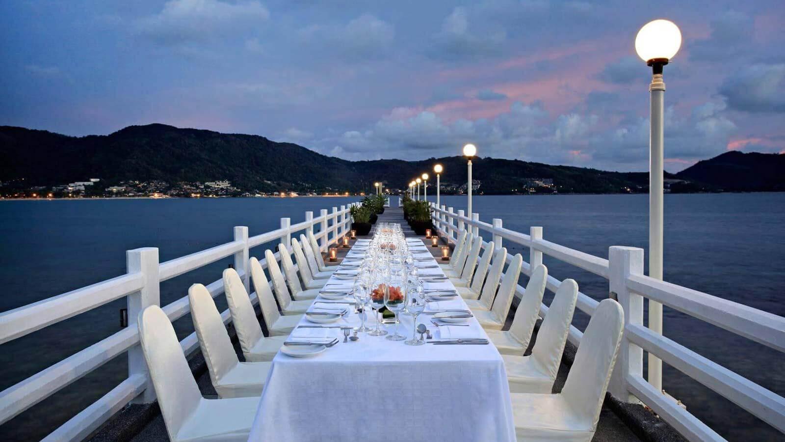 фото ресторана The Jetty в Amari Phuket