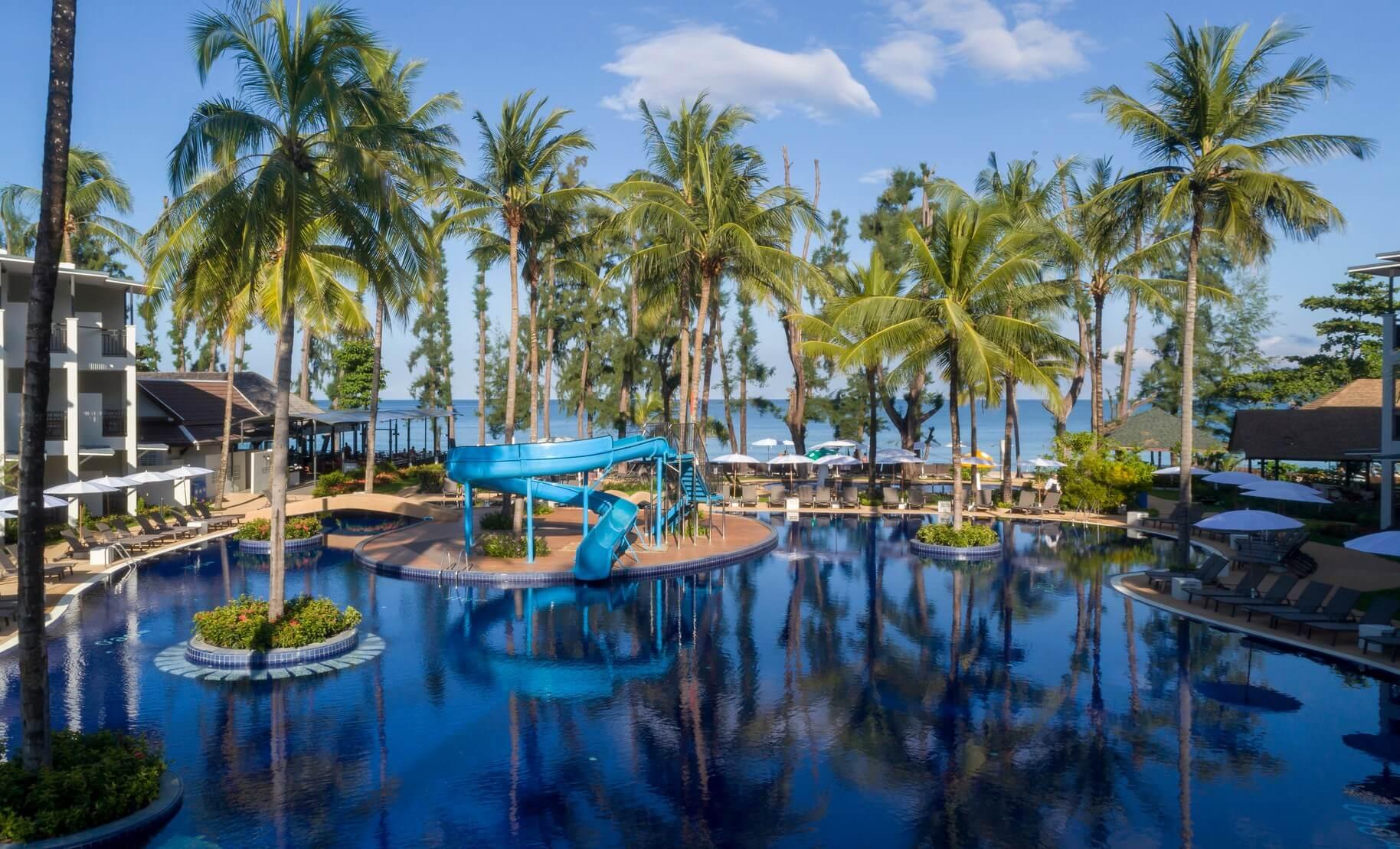 Sunwing Resort & Spa Bangtao Beach - отель на Пхукете с водными горками