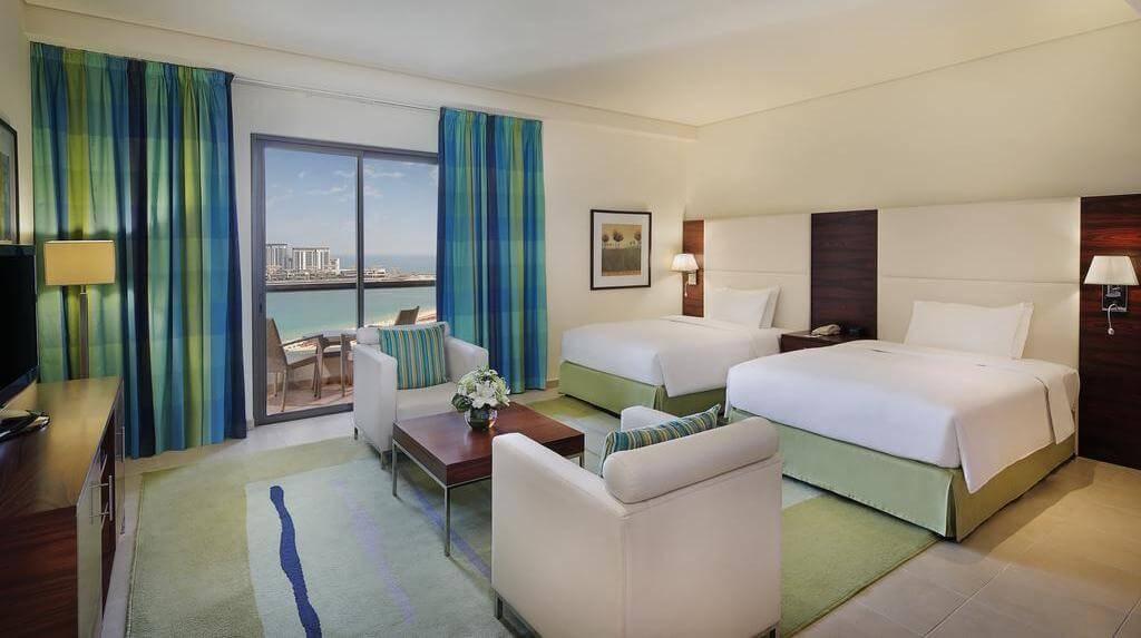 Фото апарт-отеля Hilton The Walk в Dubai Марина