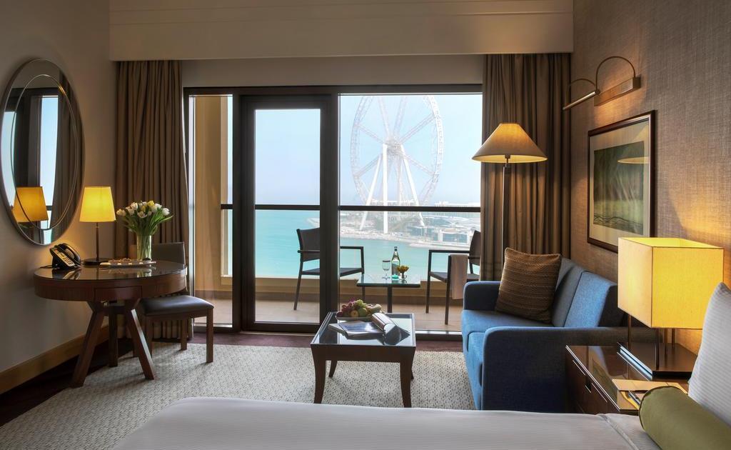 Фото гостиницы Amwaj Rotana Jumeirah Beach