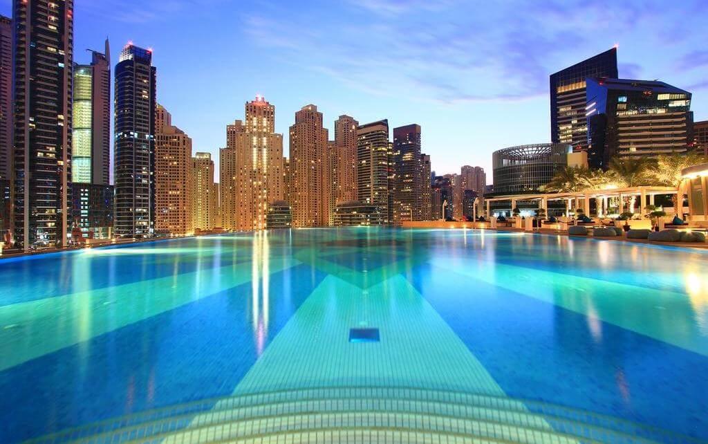 Фото бассейна в гостинице The Address (Дубай)